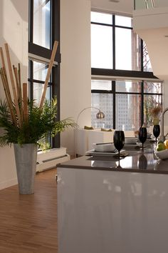 decorative bamboo poles kitchen living room modern apartment floor to ceiling windows Diy Design, Condo Design, House Design, Design Ideas, Floor Design, Condo Living, Living Room Modern, Living Room Decor, Kitchen Living