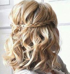 Short curled hair