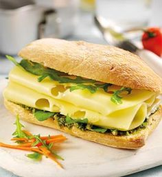 Pesto, Rocket and Leerdammer Light baguette Cheese Recipes, Baguette, Salmon Burgers, Pesto, Sandwiches, Snacks, Meals, Chicken, Ethnic Recipes