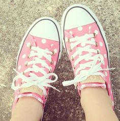 ♡ I love pink sneakers but I love these even more because it has polka dots!