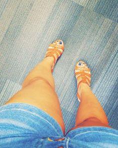 Shoe Collection, Birkenstock, Sandals, Fashion, Moda, Shoes Sandals, Fashion Styles, Fashion Illustrations, Sandal