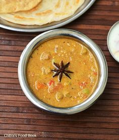 Saravana Bhavan Kurma Recipe-Hotel Vegetable Kurma For Parota,Roti | Chitra's Food Book