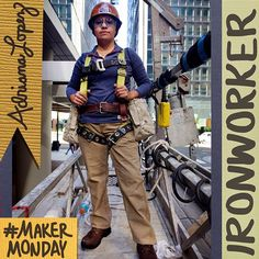 Chicago Ironworker Ana Lopez / Crafted in Carhartt Working People, Working Woman, Electrician Work, Richard Avedon Photography, Work Overalls, Do Men, Girls Show, Girls Be Like, Carhartt