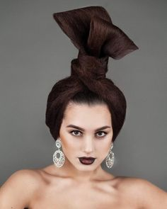 41 отметок «Нравится», 1 комментариев — Миронова Юлия (@mironovahairart) в Instagram: «Hair @mironovahairart Make up @valiulina_nadezhda Photo @igonina_anna»