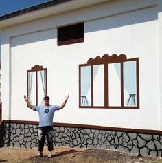 A finished paint job in Turkey! Volunteers Around The World, Gallery Wall, Turkey, Around The Worlds, Painting, Turkey Country, Painting Art, Paintings, Painted Canvas