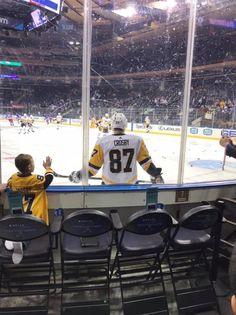 Nhl Pittsburgh Penguins, Pittsburgh Sports, Pens Hockey, Ice Hockey, Lets Go Pens, Penguin Love, Sidney Crosby, Athletes, Girls
