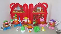 Mr-Potato-Head-Red-Barn-Farm-Storage-Case-6-Spud-Buds-Parts-Pieces-Carrot-Corn