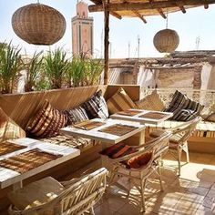 Atay Cafe Food - Marrakech - Get the look at MIX! Outdoor Cafe, Outdoor Living, Café Exterior, Cafe Design, House Design, Morocco Hotel, Rooftop Restaurant, Turkish Restaurant, Moroccan Interiors