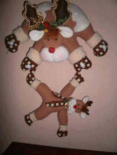 reno Christmas Clay, Christmas Projects, Christmas Time, Xmas, Christmas Ornaments, Reindeer, Snowman, Christmas Decorations, Holiday Decor