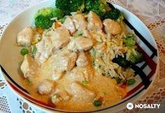 Pulykamell császárszószban Thai Red Curry, Potato Salad, Potatoes, Meat, Chicken, Cooking, Ethnic Recipes, Food, Kitchen