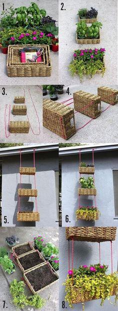 DIY Hanging Basket Tier for Flowers +++ Cestas de mimbre como maceta de plantas para colgar Jardin vertical Ahorra espacio en pequeños balcones terrazas patios Decoracion exteriores