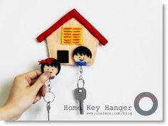 Felt Home Key Hanger Tutorial · Felting | CraftGossip.com