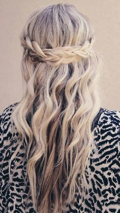 Crowning Braid #BraidsBunsTwists