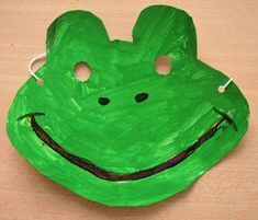 Frog mask. Idea for dramatic play. Froggy goes to school.
