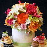 Wedding Flowers, Sugar Flower Wedding Cupcake Stand: sugar flowers for wedding cakes Gorgeous Cakes, Pretty Cakes, Amazing Cakes, Cupcake Stand Wedding, Wedding Cupcakes, Cupcake Wedding, Wedding Topper, Fondant Flowers, Sugar Flowers