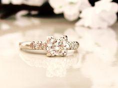 Platinum Art Deco Engagement Ring 0.84ct by LadyRoseVintageJewel #ecochic #artdecojewelry #vintagefinejewelry
