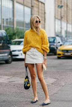 New Street Style Trends for Would you love to wear this street style outfit? Street Style Trends, Nyc Street Style, European Street Style, Street Styles, Danish Street Style, Fall Style Trends, Danish Style, London Street, Style Streetwear