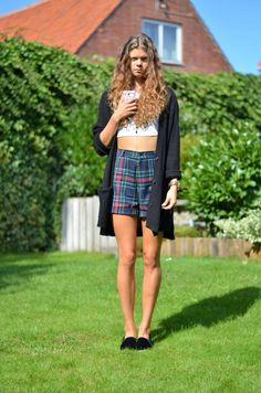Outfit of the day wearing flannel shorts. More photos on my blog: www.phentastic.com!