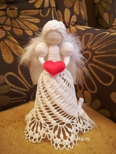 Christmas Decorations, Christmas Ornaments, Holiday Decor, Crochet Angel Pattern, Dream Catcher, Angeles, Couture, Art, Good Ideas