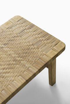 Børge Mogensen side table by Fredericia stolefabrik at Studio Schalling