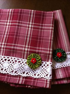 Plaid dishtowel with lace and a yoyo