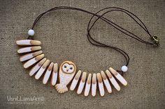 My Owl Barn: Lovely Owl Necklace by VaniLlama Art Owl Jewelry, Ceramic Jewelry, Ceramic Beads, Animal Jewelry, Clay Jewelry, Jewelry Crafts, Beaded Jewelry, Handmade Jewelry, Unique Jewelry