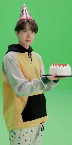 Jung Hoseok, Jimin, Foto Bts, Bts Photo, J Hope Smile, Mixtape, Bts Pictures, Photos, Gwangju