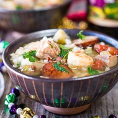 Authentic Gumbo recipe is a traditional southern soup or stew. This Shrimp, Duck, and Andouille Gumbo is a warm and spicy Gumbo perfect for a Mardi Gras celebration. Chili Recipes, Seafood Recipes, Soup Recipes, Gumbo Recipes, Cajun Recipes, Party Recipes, Lamb Pasta, Spicy Stew, Southern Dishes