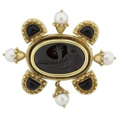 Preowned Elizabeth Locke Onyx Intaglio And Cultured Pearl Gold Brooch (180 315 UAH) ❤ liked on Polyvore featuring jewelry, brooches, black, elizabeth locke jewelry, 18k gold jewelry, cabochon jewelry, gold brooch and pin brooch