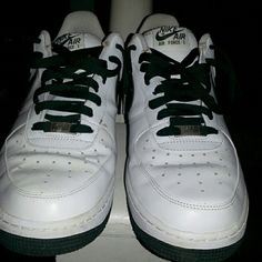 Men's air force one White on green  Excellent condition Nike Shoes