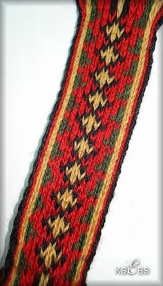 Bunad, Smykker, vev & rosemaling: Brikkevev Inkle Weaving, Card Weaving, Tapestry Crochet, Tapestry Weaving, Weaving Projects, Band, Weave, Embroidery, Weaving