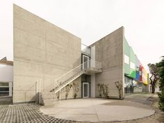 Esther Koplowitz Foundation by Hans Abaton