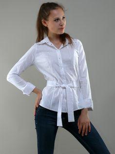 Белая рубашка с поясом с длинным рукавом - модельная фотосъемка для интернет-магазина - Folov.in
