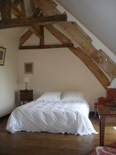 Shabby and Charming: A romantic castle in Brittany Shabby, Lay Me Down, Brittany, Villeneuve, Sleep, Romantic, Bedroom, Interior, Castle