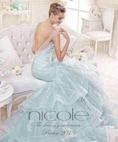 Abiti da sposa Nicole Spose collezione 2015