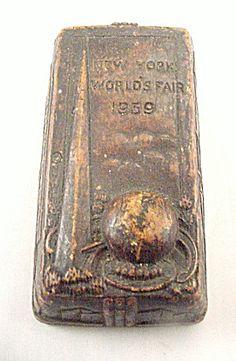 1939 New York World's Fair Desk Paperweight