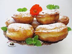 Racuchy drożdżowe jak pączki Polish Desserts, Polish Recipes, Polish Food, Mini Cakes, Donuts, Food To Make, French Toast, Sweet Tooth, Cooking Recipes