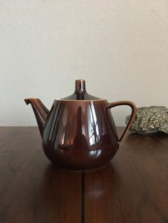 Luxembourg Vintage Villeroy Boch Teapot van timeinspace op Etsy