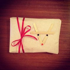 Rudolph the red-nosed reindeer by Mari Graf Holiday Crafts, Holiday Fun, Holiday Ideas, Christmas Holidays, Festive, Christmas Ideas, Christmas Decorations, Wrapping Ideas, Gift Wrapping