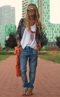 Combining boyfriend jeans: That& how it works (and you do not look like a ton!) Boyfriend jeans combine: The most beautiful outfit ideas for every figure Boho Outfits, Fashion Outfits, Fashion Trends, Jeans Fashion, Hippie Chic Outfits, Ladies Fashion, Fashion Styles, Fashion 2015, Grunge Outfits