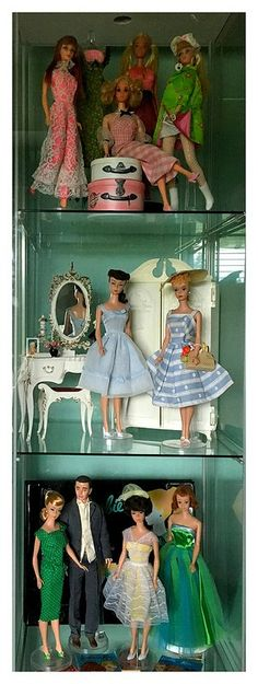 Collect, photograph & treasure! A Barbie collector's blog