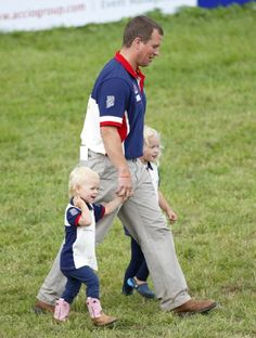 Peter Phillips and daughters Isla Phillips (left) and Savannah Phillips (right) attend day 3 of the Festival of British Eventing at Gatcombe Park, Aug. 2014 in Minchinhampton, England Princess Anne, Princess Margaret, Princess Sofia, Royal Family Names, Royal Families, British Royal Houses, The Queens Children, British Eventing, Autumn Phillips