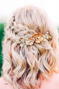 Look Over This Cute Formal Hairstyles for Medium Hair 2018 The post Cute Formal Hairstyles for Medium Hair 2018… appeared first on Hair and Beauty .