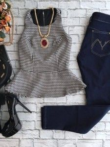Preview de Outono - Estação Store Casual Dress Outfits, Girly Outfits, Cute Outfits, Looks Pinterest, Work Fashion, Fashion Outfits, Korean Dress, Teenager Outfits, Apparel Design