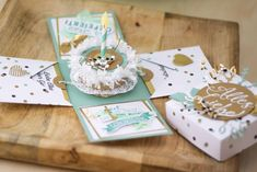 How To Make Scrapbook, Diy And Crafts, Paper Crafts, Exploding Boxes, Cricut Creations, Blogger Themes, Scrapbook Pages, Stampin Up, Birthday Cards