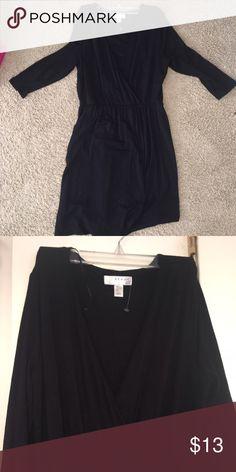Black Faux Wrap Dress 🖤🖤 Perfect little date night LBD. Jersey material. Super sexy. Minor polling under arm area. Definitely a curve hugging dress. Kenar Dresses Mini