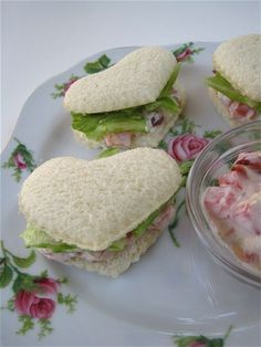 B-L-TEA sandwiches! Charmingly pretty little heart shaped tea sandwiches for Tea Time Afternoon Tea Parties, Snacks Für Party, Lunch Party Ideas, Tea Recipes, Brunch Recipes, Recipies, Dinner Recipes, Dessert Recipes, Food Design