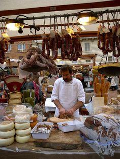 Mediterranean Living| Serafini Amelia| Italia| Siena market | Italy