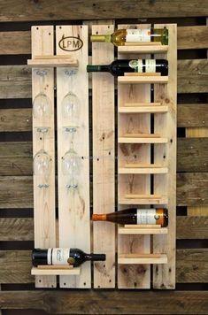 wood pallet bottle rack #palletfurniture