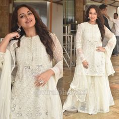 #sonakshisinha#indiancelebrity#stylish#fashion#beautiful Sonakshi Sinha, Indian Celebrities, Stylish, Urban, Beautiful, Instagram, Dresses, Fashion, Vestidos